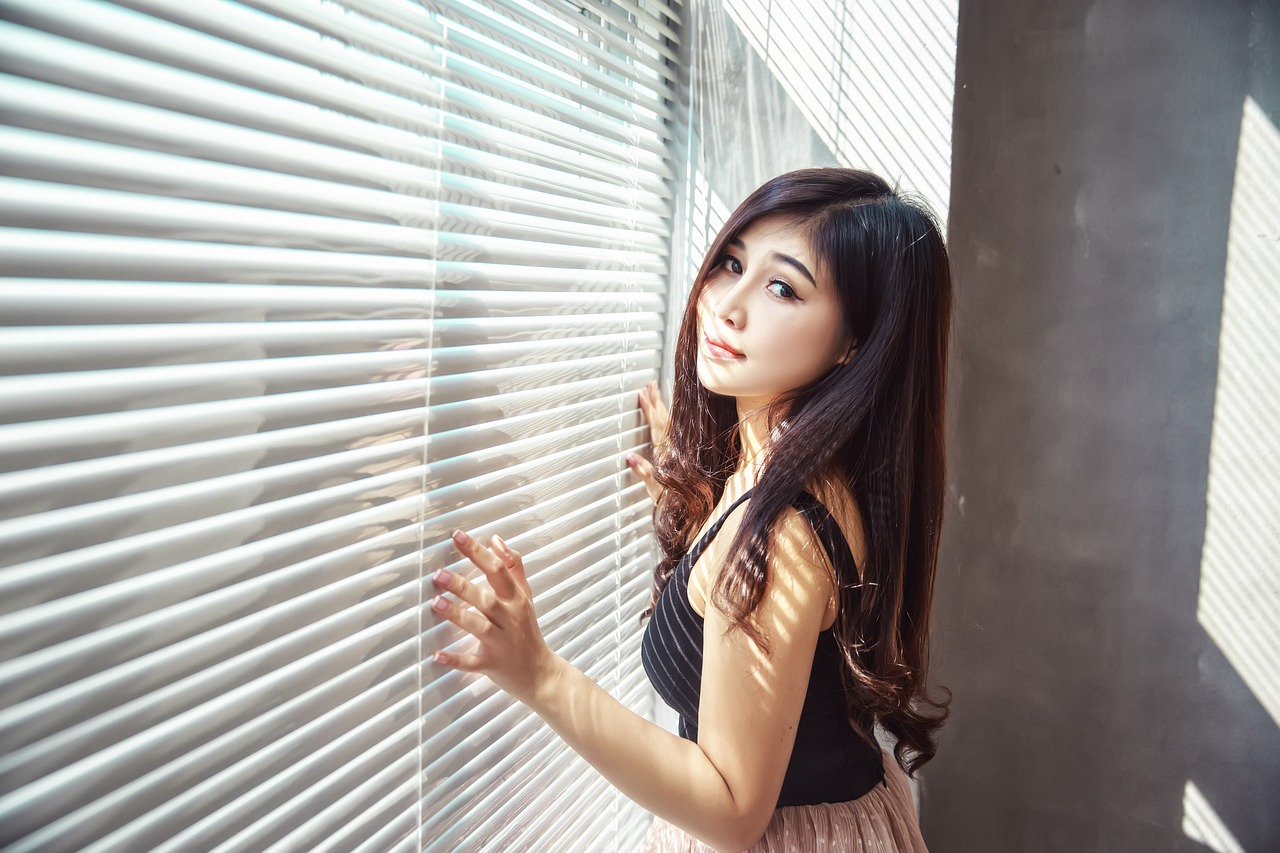 beautiful fashion Filipino girl